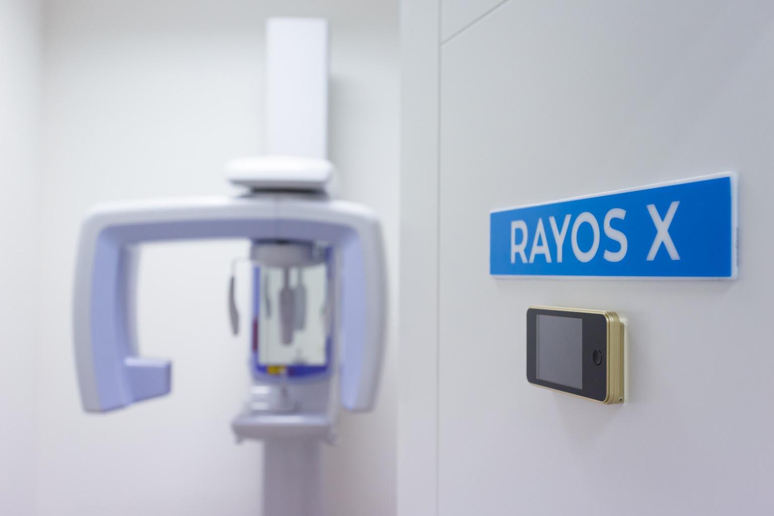 Máquina de rayos - Clínica Dental Palmilla