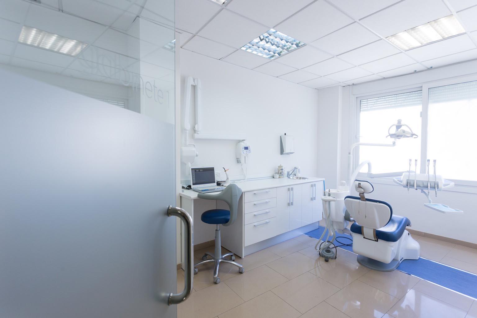 Gabinte 1, Clínica dental en Almería - Clínica Dental Palmilla